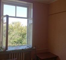 Ищем парня на подселение в комнату 33 кв.м. - Аренда комнат в Краснодаре