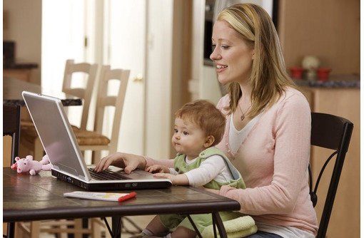 Подработка для женщин (удалённо), фото — «Реклама Адлера»