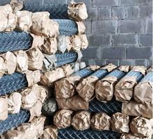 Сетка Рабица оцинкованная в рулонах оптом и в розницу с доставкой - Заборы, ворота в Краснодарском Крае
