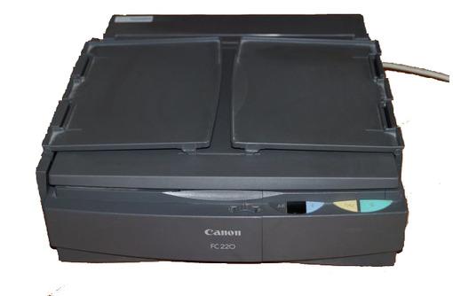 Продам копировальный аппарат Canon FC 220 - Оргтехника и расходники в Краснодаре