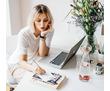 Онлайн-работа для женщин, фото — «Реклама Сочи»