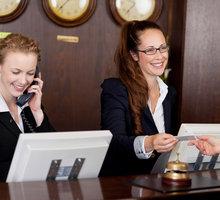 Требуются горничные, официанты, кухонные рабочие, администратор для работы в отеле в Крыму. - Гостиничный, туристический бизнес в Краснодаре