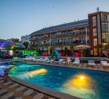 """В отель «SeVita"""" на сезон май-сентябрь требуются сотрудники: - Гостиничный, туристический бизнес в Краснодаре"""