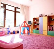 В частном детском саду открыта вакансия Воспитателя. У воспитателя есть в помощь няня. - Образование / воспитание в Краснодаре
