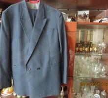 Мужские костюмы. 48 р -синий и светлый по 5000 руб - Мужская одежда в Краснодаре