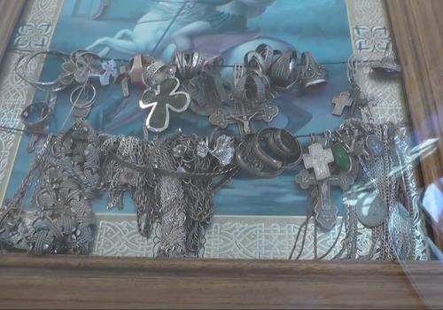 Из лика иконы украдены ювелирные украшения в Белореченском районе