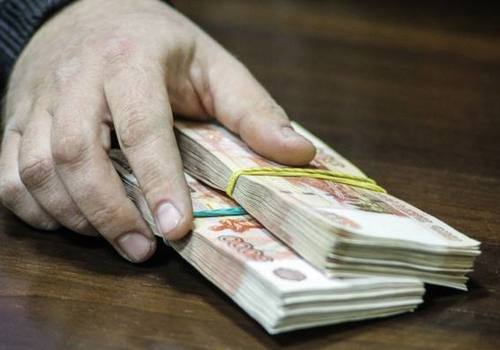 В Белореченске секретаря приемной комиссии вуза задержали за взятку в 1,8 млн рублей