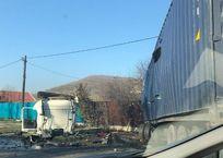 В Крымском районе два грузовика столкнулись на встречке ФОТО, фото — «Рекламы Крымска»