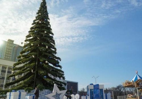 Краснодарцам отключат аттракционы и экран на Главной площади в новогоднюю ночь