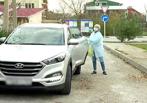 В Геленджике общественники помогают врачам в пандемию коронавируса