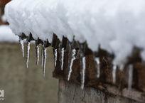 Жителей Кубани предупредили, что с потеплением с крыш начнут падать сосульки, фото — «Рекламы Белореченска»