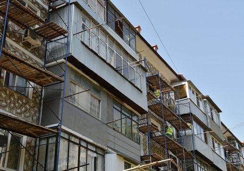 В Краснодарском крае отремонтируют около 800 многоквартирных домов