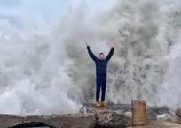 Видео с «повелителями волн» из Сочи осудили пользователи Сети, фото — «Рекламы Кореновска»