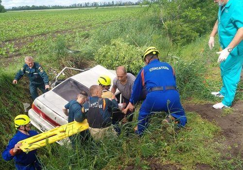 Женщина и четверо детей пострадали в ДТП на трассе Динская-Васюринская