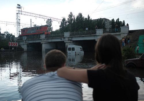 В Краснодаре планируют установить шесть насосов под мостом на улице Вишняковой
