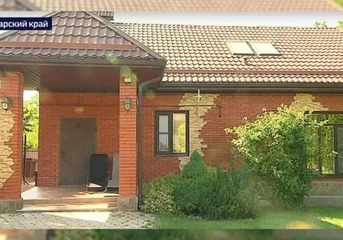 На Кубани итальянская пара попала в аферу при покупке дома в станице Динской