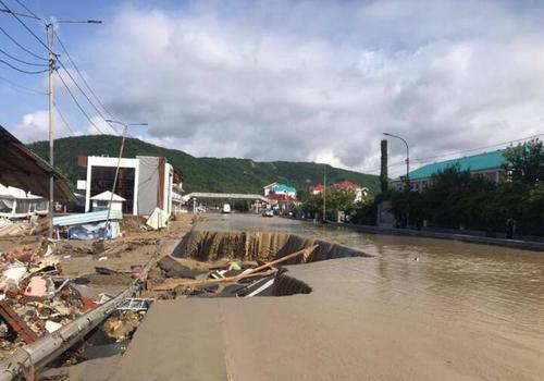 Стал известен масштаб разрушений федеральной трассы Джубга - Сочи после паводка ВИДЕО