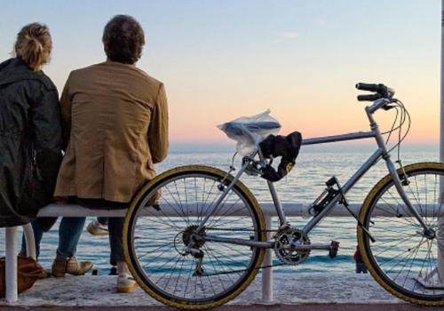 Прокуратура потребовала демонтировать велосипедную дорожку на набережной в Геленджике