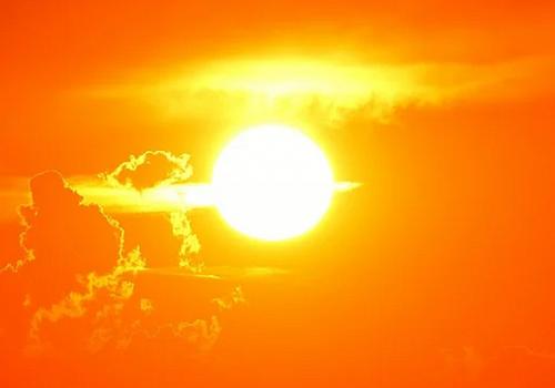 Главный синоптик страны предупредил об экстремальной жаре на юге России