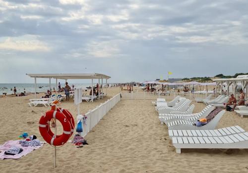 «Количество бронирований просело в разы»: в АТОР заявили о провале курортного сезона на Кубани на август и сентябрь