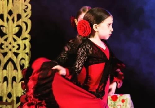Мировой рекорд установила восьмилетняя танцовщица фламенко из Новороссийска