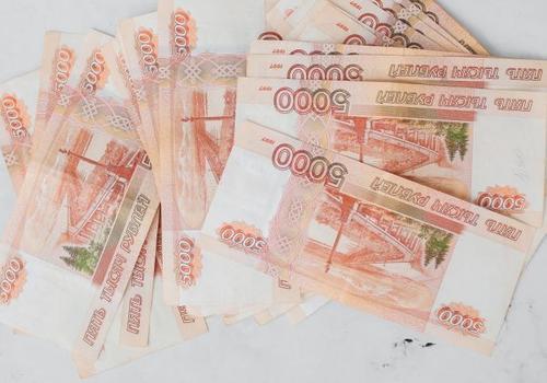 Владимир Путин предложил выплачивать за третьего ребенка миллион рублей