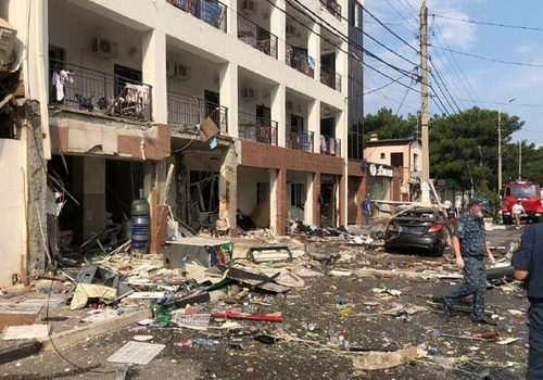 Около миллиона рублей выплатили пострадавшим при взрыве газа в гостинице Геленджика