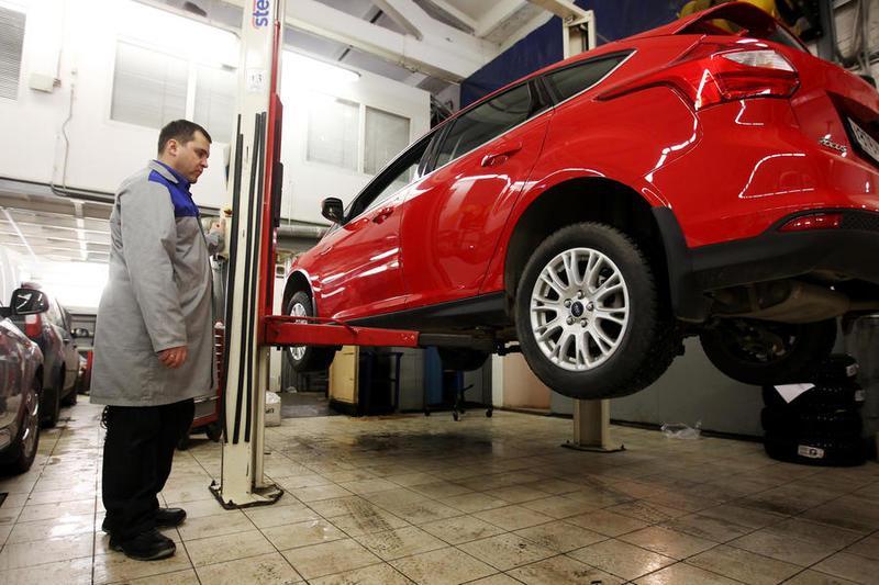 Не нарушающих ПДД водителей могут освободить от оплаты техосмотра