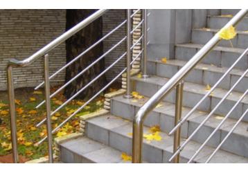Компания «Простоперила»: качественные перила и конструкции из нержавеющей стали по цене производителя, фото — «Реклама Краснодарского Края»