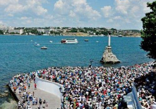 Все хотят жить в Севастополе