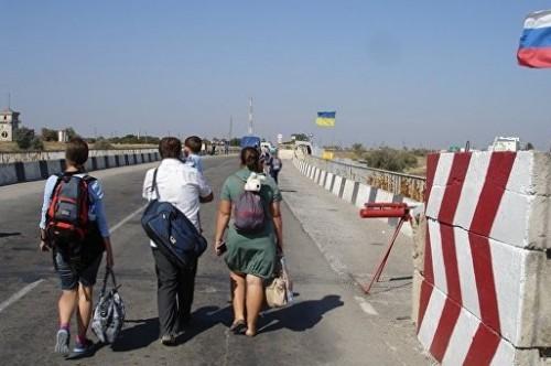 В Крыму хотят поставить на учет всех прибывающих с территории Украины