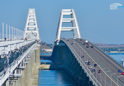 «Ваши лучшие 147 секунд за день»: строительство Крымского моста показали в одном ролике ВИДЕО
