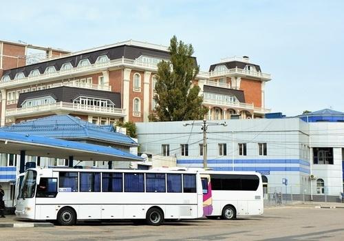 Автобусные пассажирские перевозки по Крымскому мосту возобновились с сегодняшнего дня