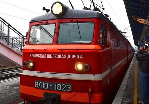 Грузовые поезда по Крымскому мосту пойдут 30 июня