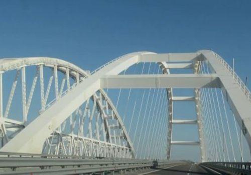 На Крымском мосту установлен новый рекорд трафика