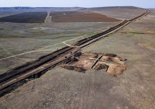Комплекс древних поселений нашли археологи на трассе нового водовода в Крыму