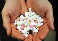 Начинают развозить лекарства по домам для больных коронавирусом в Севастополе, фото — «Рекламы Севастополя»