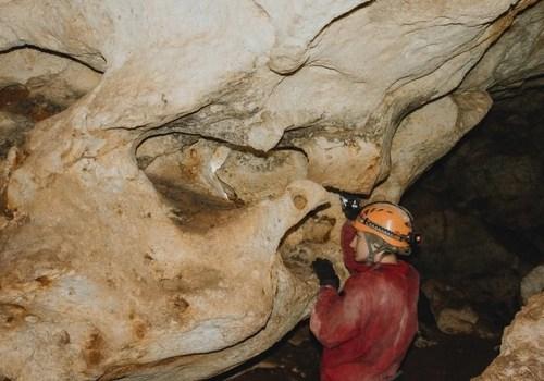 Лабиринты и следы когтей: В пещере «Таврида» готовят первую экскурсию