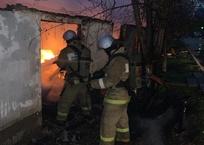 Под Севастополем сгорел мини-маркет ФОТО, фото — «Рекламы Севастополя»