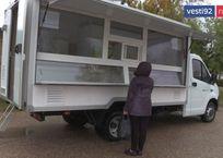 Две автолавки молочной кухни появилась в севастопольской городской больнице №5, фото — «Рекламы Севастополя»
