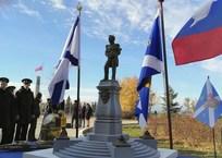 В Севастополе планируют восстановить памятник Михаилу Лазареву, фото — «Рекламы Севастополя»
