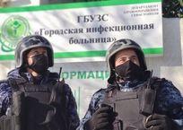 Пьяный мужчина напал с ножом на сотрудника инфекционной больницы в Севастополе , фото — «Рекламы Севастополя»