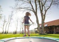 Category_trampoline-2227667_640