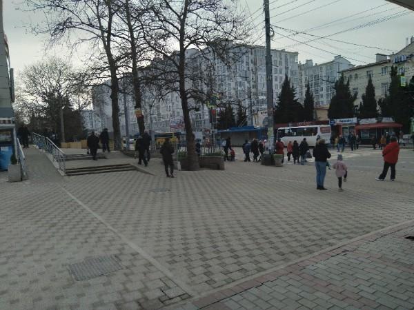 Севастопольцы не узнают остановку «Адм.Юмашева»