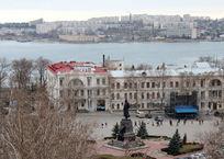 В Севастополе за парковку можно будет платить с мобильного телефона, фото — «Рекламы Севастополя»