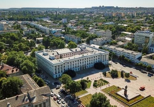 Аксёнов разрешил массовые мероприятия в честь годовщины воссоединения Крыма с Россией