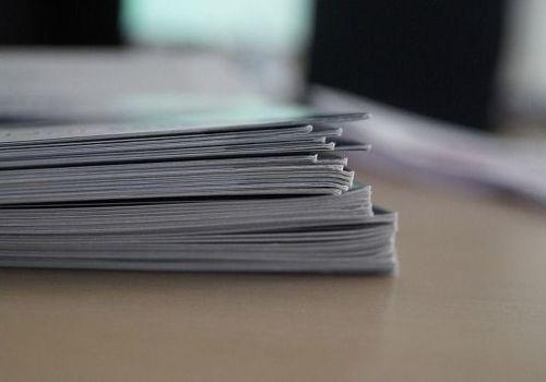 Чиновник в Севастополе устроил себя на работу и похитил 1,2 млн