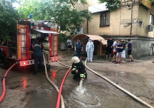 В жилом доме по улице Ленина в Севастополе загорелся подвал