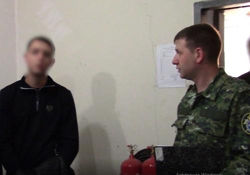 В Крыму начальник оружейного склада МВД обвиняется в хищении и сбыте оружия