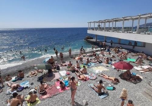 Цены на отдых в Крыму и других курортах России в июле-августе могут вырасти на 20-30%